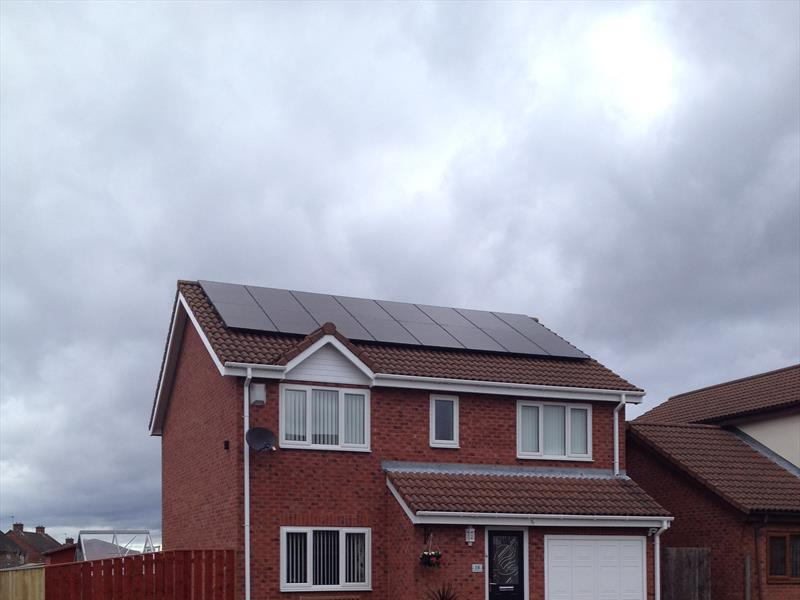 4 KW DOMESTIC PV SYSTEM IN NEW PENSHAW, HOUGHTONLE SPRING, 250W 8.33 SOLAR ETERNITY